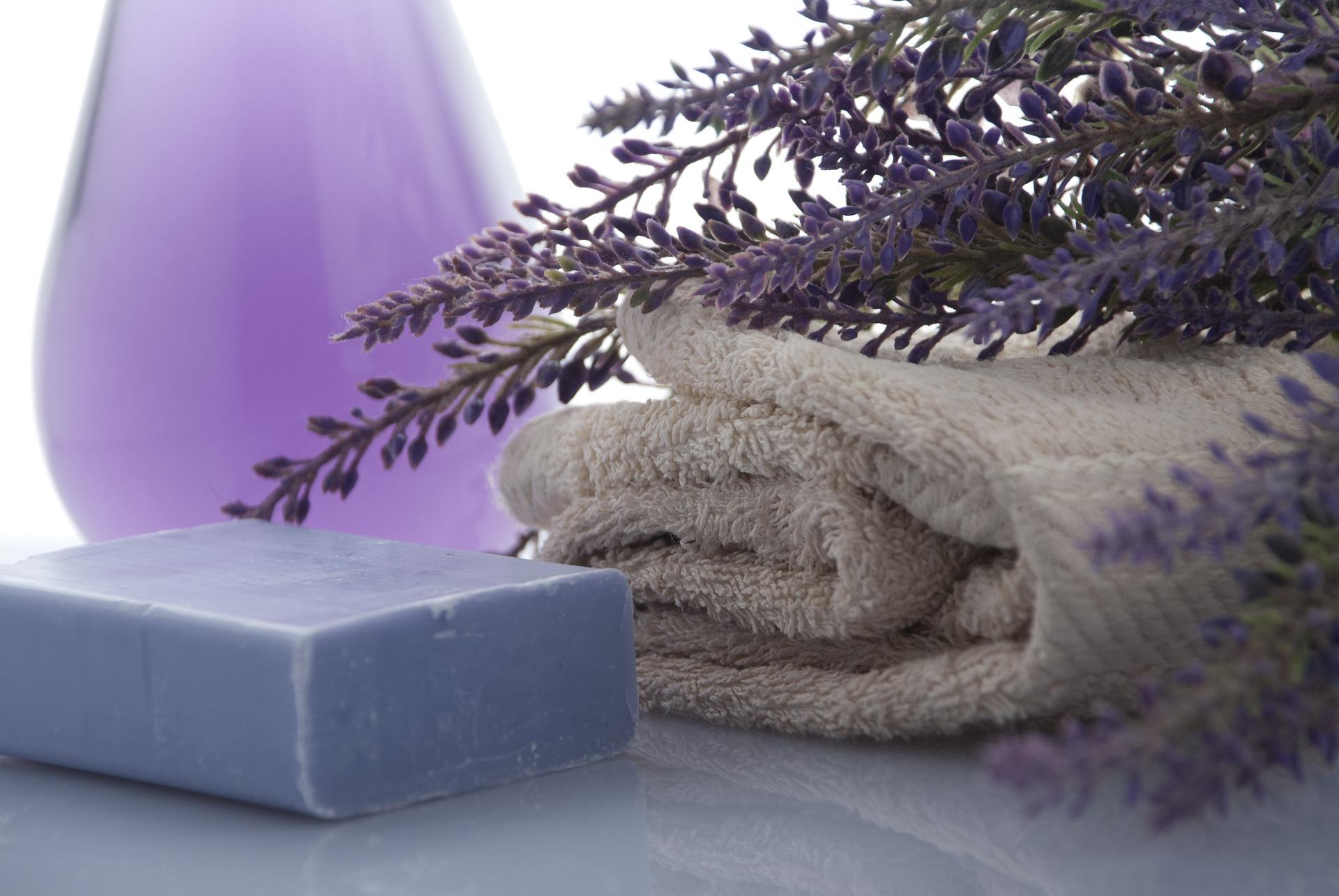 Schöne Seife selber gießen auf ratgeber-blogger.de